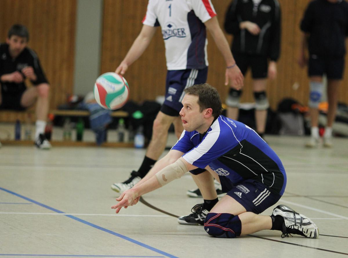 Volleyball-Rückblick: Erfolg für die Damen, unnötige Niederlage bei den Herren
